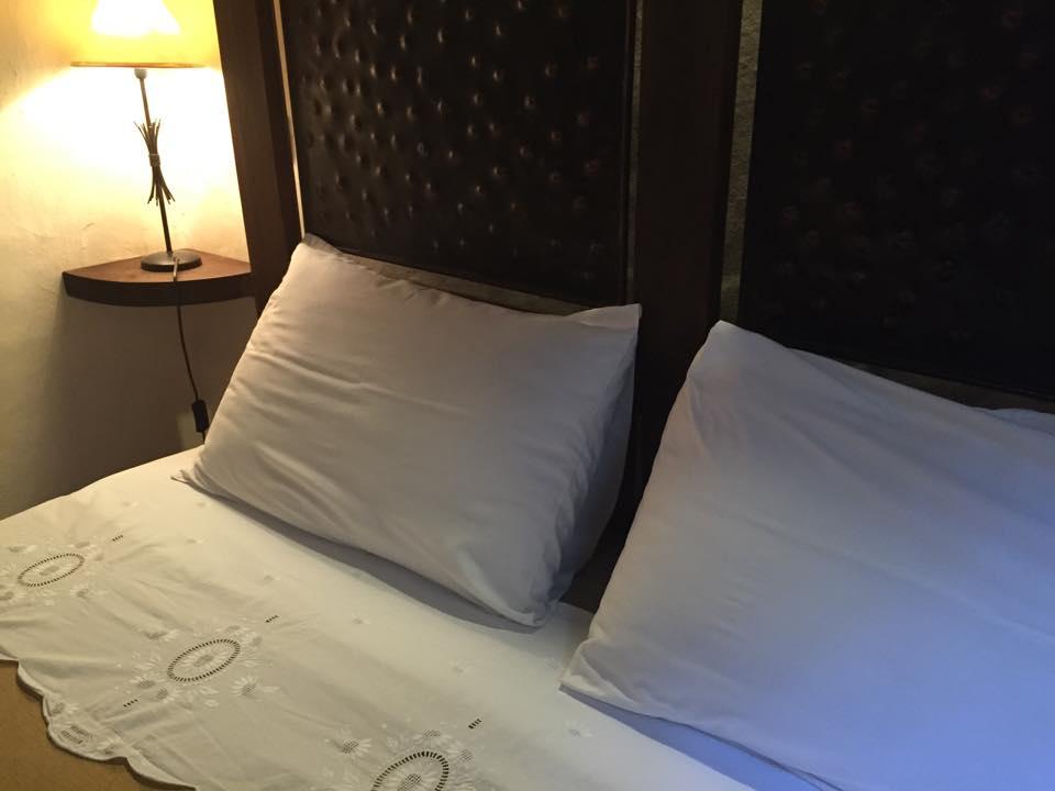 Détail du linge de lit